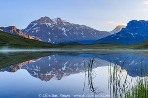 Reflet de la Grande-Casse et la Grande-Motte dans le lac du Plan du lac.
